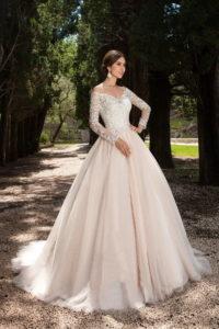 Выбор свадебного платья сопровождение со стилистом