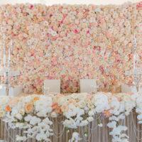 Цветочная фотостена на свадьбу -услуги от Ариадны
